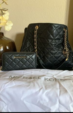 Michael Kors handbag and matching wallet for Sale in Grand Prairie, TX