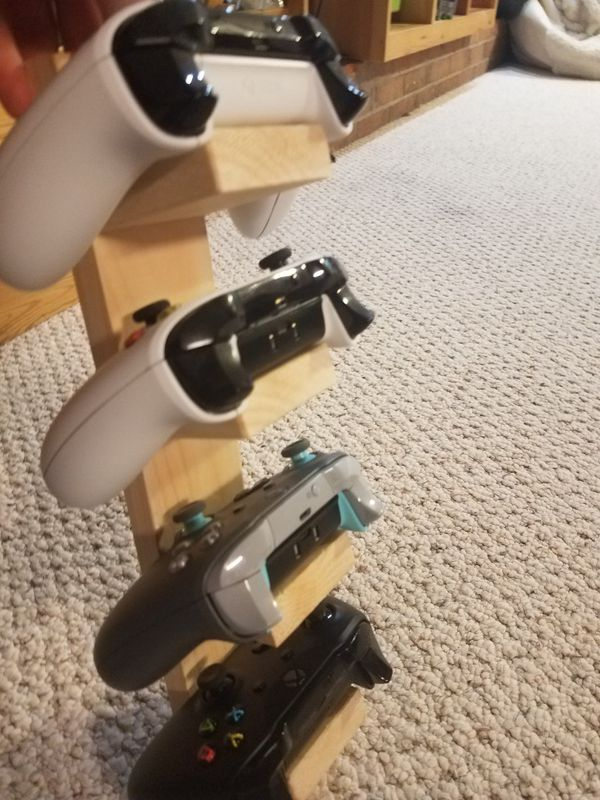Xbox Controller stand
