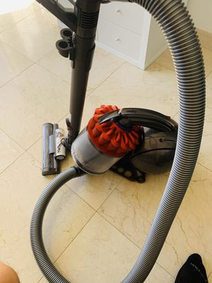 Dyson DC39 Ball Multifloor Canister Vacuum for Sale in North Miami, FL