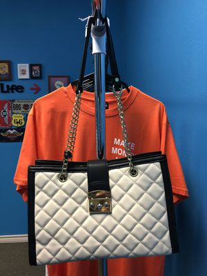 Fashion bag for Sale in Beaumont, TX