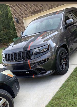 SRT Jeep Grand Cherokee hood for Sale in Union City, GA