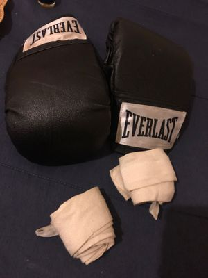 Boxing gloves for Sale in Oakland, CA