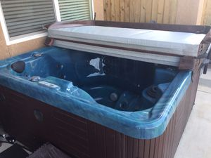 Hot tub for sale for Sale in Madera, CA