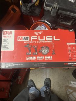 Milwaukee Fuel 4 Tool Combo for Sale in Pawnee,  IL