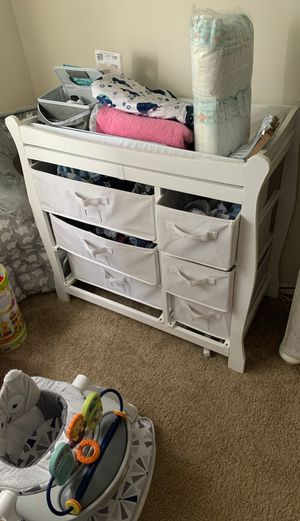 Baby changing table & dressers. for Sale in Hampton, VA