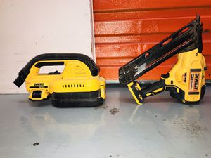DeWalt Cordless Angled Finish Nail Gun (Battery Included) for Sale in Oakland, CA