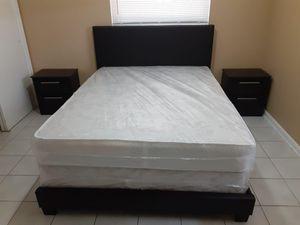 Bedroom set All New In Box 5 Pcs Juego De Habitación Todo Nuevo En Su Caja for Sale in Miami Springs, FL