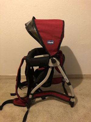 Chicco smartpak hiking carrier for Sale in Beaverton, OR