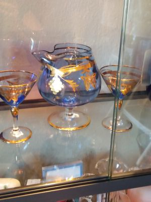 Decanter and glasses bar ware for Sale in Fort Worth, TX