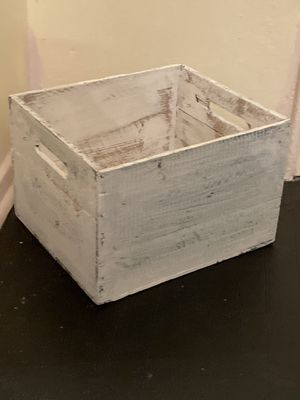 Vintage crate for Sale in Hartsdale, NY