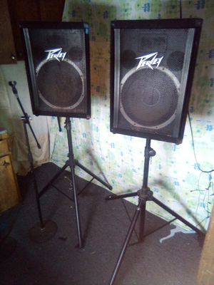 15 Inch Peavy concert speakers for Sale in Klamath Falls, OR