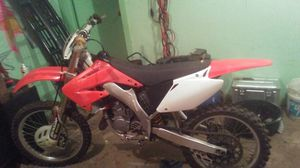Honda 2004 125 dirt bike for Sale in Wichita, KS