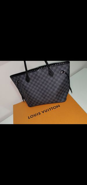 Louis Vuitton Neverfull MM Bag for Sale in Miami, FL