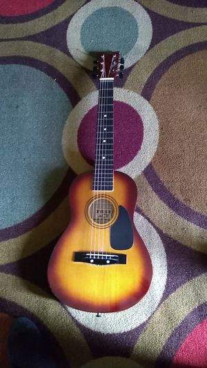 First Act: Student Acoustic Guitar for Sale in Lincoln, NE