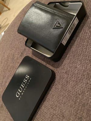 Black leather Guess Wallet for Sale in Auburn, WA
