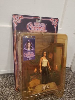 Charmed Piper in White Shirt TV Figure Series 1 Sota Toys, new sealed for Sale in San Diego, CA