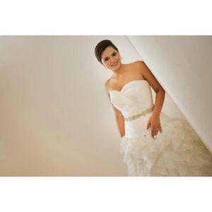Wedding Dress Size 8-10 for Sale in Orlando, FL