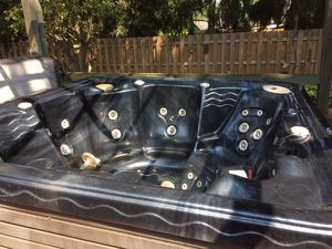 Hot tub for Sale in Clinton Township, MI