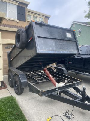 Trailer- 8x10x3, 6k axles power of/down pump, w/ bobcat ramps for Sale in Oakland, CA