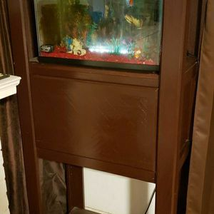15 To 20 Gal. Fish Tank + Stand for Sale in Whittier, CA