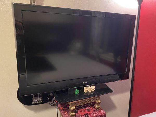 45'' LG TV