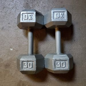 Two 30 pound dumbbells 2x30 60 pounds of weight for Sale in Stone Mountain, GA