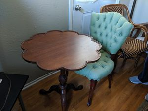 Vintage table and chair set for Sale in Montebello, CA