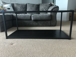 Industrial coffee table for Sale in Miami, FL