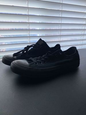 Converse size 8.5 for Sale in Fresno, CA