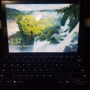 Microsoft Surface Pro 4 (Keyboard, Stylus, Cover Incl.) for Sale in Los Angeles, CA