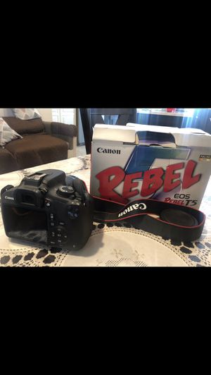 Canon Rebel T5 for Sale in Canyon Lake, CA