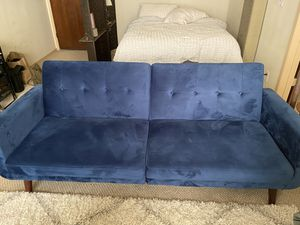 Futon couch for Sale in Pasadena, CA