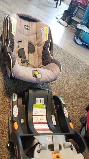 Chicco car seat for Sale in Kennewick, WA