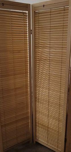 Wood 4 Panel Louver Room Divider for Sale in Belleville,  NJ