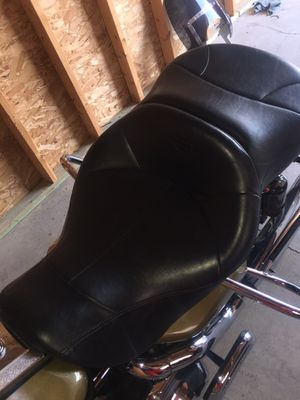 Brand new HD Seat, cushion is perfect for the long rides. Came off of a 07 HD Road King. Brand new, just pulled it out of the box. It's an extra sea for Sale in Delaware, OH