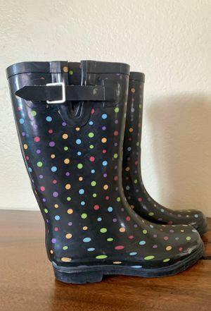 Rain boots girl/woman size 7 for Sale in Fontana, CA