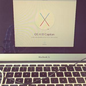 MacBook or IMac wipeoff or update for Sale in Fresno, CA
