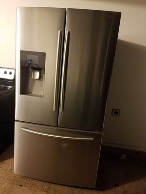 Stainless steel kitchen appliances French door set new condition for Sale in Phoenix, AZ