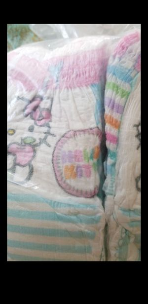 Easy ups size 2T - 3 T training pants Hello kitty for Sale in Hollywood, FL