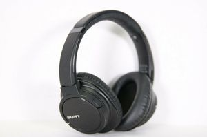 B2 SONY MDR-ZX780DC BLUETOOTH AND NOISE CANCELING WIRELESS HEADPHONES for Sale in San Diego, CA