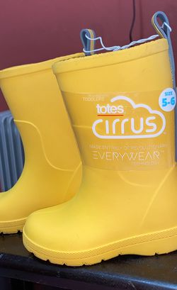 Toddler Rain Boots for Sale in Whittier,  CA