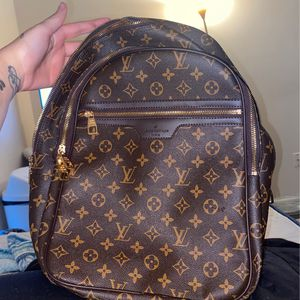 Brand new Louis Vuitton Book Bag And Messenger Bag for Sale in Virginia Beach, VA