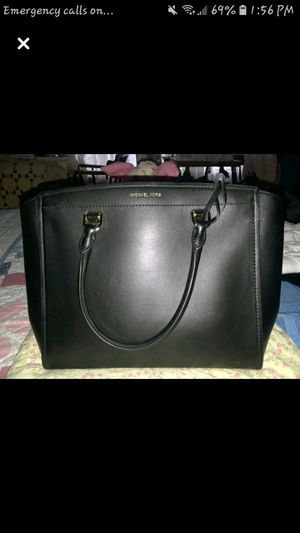 Michael kors purse for Sale in Evansville, IN