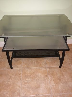 Computer Desk for Sale in Pompano Beach, FL