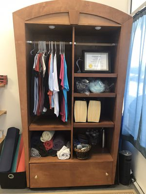Display Cabinet - 2 of these are available 6 feet high by 4 feet wide. Price includes both cabinets for Sale in Virginia Beach, VA