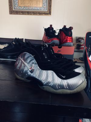 Nike foamposite silver surfer pewter size 10 for Sale in Hollywood, FL