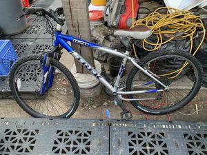 Men's bike for Sale in Stockton, CA