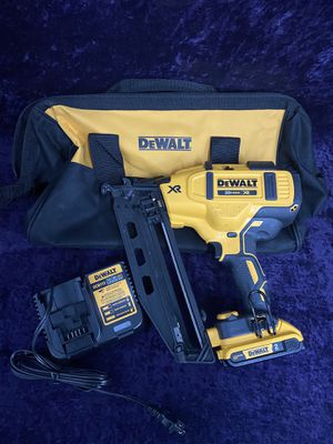 💥🧰🛠Dewalt 16GA 20 degree 20v nail gun with 2.0 battery and charger! $240 this weekend💥🧰🛠 for Sale in Irving, TX