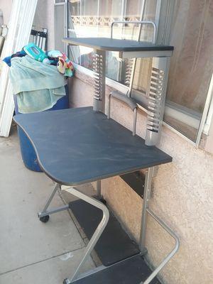 Computer desk for Sale in Chino, CA