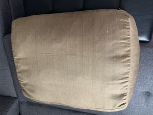 Marge carson vintage cushion with gorgeous looking for Sale in Los Angeles, CA